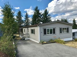 Immaculate 2 Bedroom Home in South East Kelowna