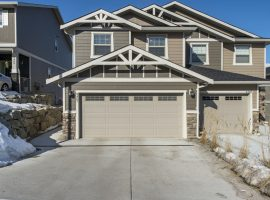 Immaculate 3 bedroom, 4 Bathroom Home in Vernon BC